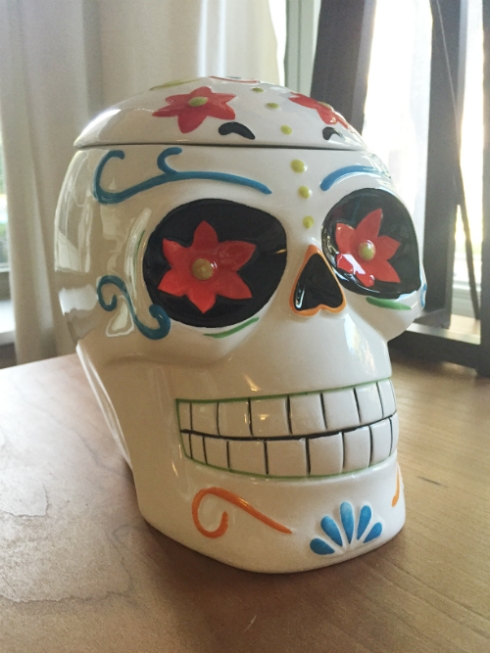 Amazing skull cookie jar from Jamie!